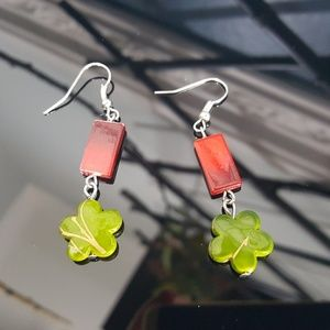 Jewelry - 🎉Click for SUPER OFFER🎉 Beaded Drop Earrings